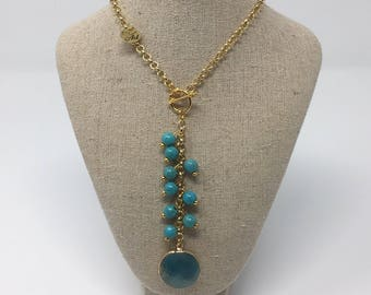 Necklace in gold filled and turquoise pendant