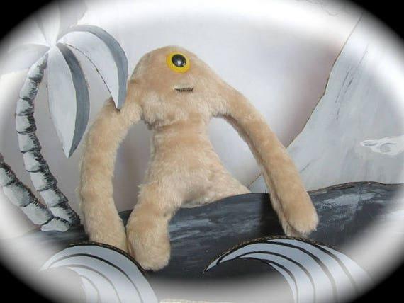 Cyclope Misfit Monster-bébé Yeti Zip-It-Misfit île