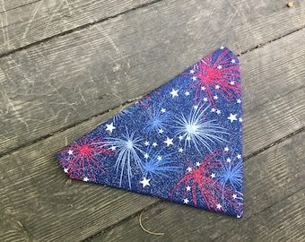 Sparkling Fireworks, Dog Bandana, Sparkles, America, Over the Collar, Red white and blue, 4th of July, Patriotic, Summer, MEDIUM