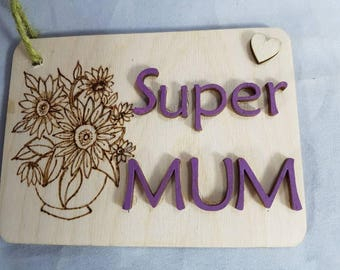 Super mum handcrafted pyrographics vase with flowers birchwood plaque. Give a job to a busy mum to get it done.