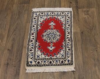 Fine Small Handmade Classic Design Nain Persia Area Rug Oriental Carpet 1ʹ4X2ʹ2