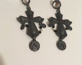 Gothic cross, Baroque novohispanic, with crystals and saints earrings