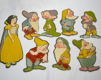 Snow White and the Seven Dwarfs Flocked Cardboard Cut Outs