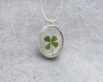 Four Leaf Clover in clear resin in silver Plated Open Back Bezel Pendant Necklace, Resin Necklace, Pressed Flower, Resin Jewelry, Christmas