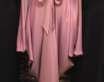 Preordere made in dubai abaya come with matching hijab.