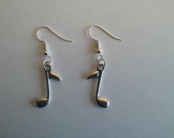 dangle earrings silver musical note