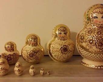 Very pretty stamp matryoshka, nesting doll 10 PCs