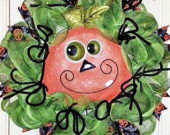Pumpkin Wreath, Fall Wreath, Halloween Wreath, Funny Face Pumpkin, Pumpkin door hanger, Mesh Halloween Wreath, Whimsical Halloween Wreath