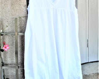 Vintage French NIghtdress, handmade clothing, white nightgowns, cotton night clothes