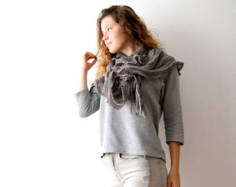ON SALE Vintage Ruffle Scarf Knitted Scarf Round Ruffle Scarf Grey Ruffle Scarf Grey Shawl Grey Round Scarf Fringe Scarf Soft Winter Scarf