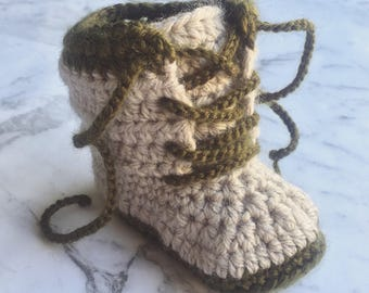 Combat boot baby booties, crochet baby booties, baby boots, baby shoes, lace up booties, cargo boots, army baby booties