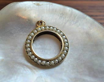 Antique Edwardian Yellow Gold Filled Round White Seed Pearl Pendant