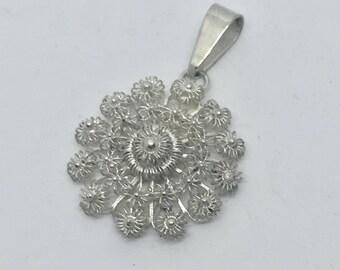 Djokja filigree pendant, Zeeuwse knoop,  800 silver