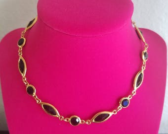 Fabulous Early 90's Vintage Black and Gold Geometric Shape Adjustable Choker Necklace - Hook Closure - Beautiful Condition! Retro!
