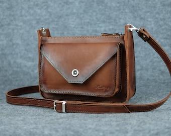 Women's corner-style bag / Crossbody bag, Women's crossbody, Womens leather purses, Italian leather bag, Leather bag, Handmade, Leather bags