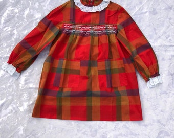 Seventies Handmade Plaid Girl's Dress, Vintage Girl's Print Dress, Size Small, Size 8-10, Mod Dress