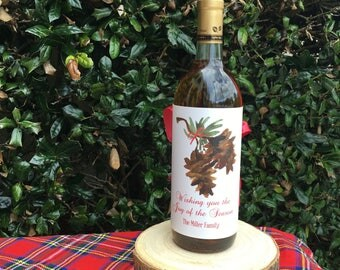 Personalized Wine Wrappers, Festive Pinecones