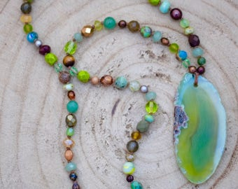 Green Agate Boho Beaded Necklace