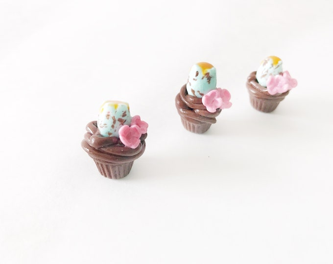 Featured listing image: Spring Chocolate Cupcake