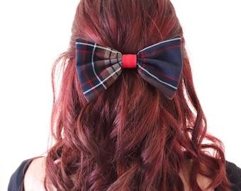 Hair staple. Clamp Bow.