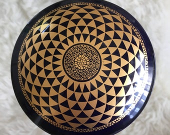 VTG Manufacture De Monaco Large porcelain bowl, beautiful trinket box!