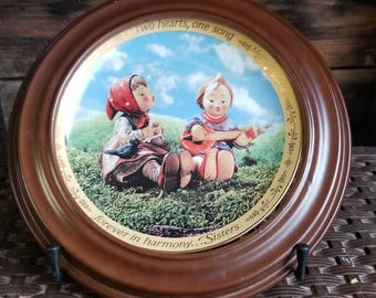 """Hummel Plate Sisters """"Forever in Harmony"""
