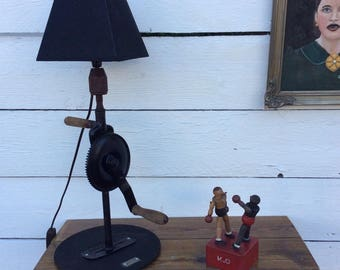 Lamp vintage industrial upcycled an old hand chignoles