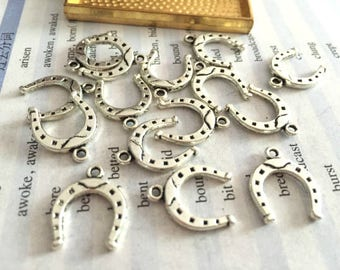 Bulk sale 100 Pieces /Lot Antique Silver & Bronze Plated 16mmx13mm small horseshoe charms