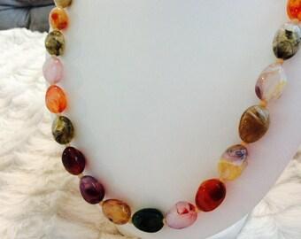 Vintage Multi Colour Beaded Necklace