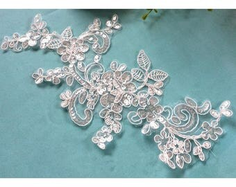 1 Pair Bridal Lace Applique Sequins Trim Appliques in White for Weddings, Sashes,   Veils, Headpieces, WL1532