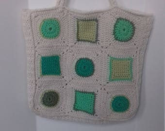 Cute little knitted shopper