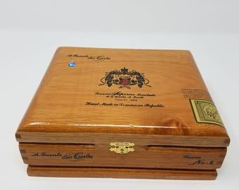 Wooden Cigar Box, A. Fuente, don Carlos, Cosecha 1984