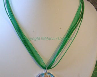 Ribbon and Tinkerbell pendant necklace (one size)