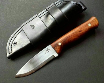 Scandi grind bushcraft knife