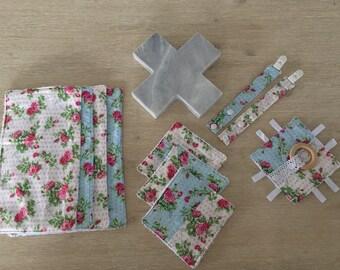 Baby gift pack / baby shower gift / newborn gift / baby present - dribble cloth + dummy clip + bandana bib