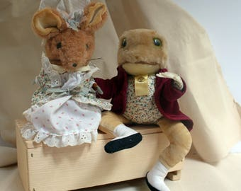 Vintage Beatrix Potter Eden Lady Mouse and Jeremy Frog stuffed collectables