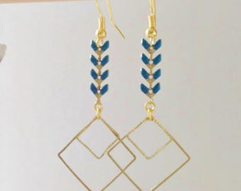 Double diamond and blue spike earrings chic