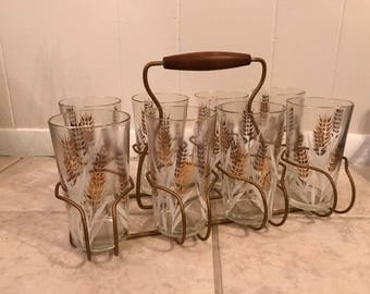 Vintage 8 Wheat Glasses with Drink Caddy