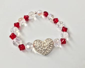 Swarovski garnet and crystal beaded stretch bracelet with embellished heart charm