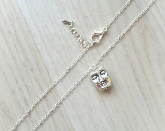 Tomy necklace