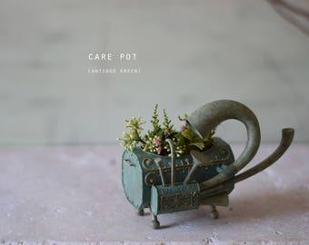 Care Pot (music) Antique Green