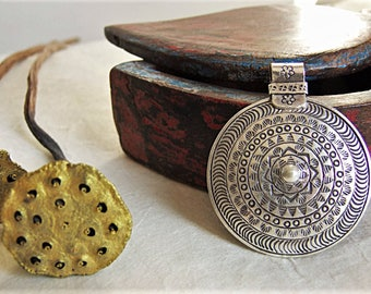 Sterling Silver pendant. Silver Jewelry. Ethnic Jewelry. Engraved silver pendant. Silver jewelry. Ethnic silver jewelry.