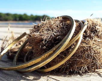 Brass bracelets slaves, brass bracelets, stacked bracelets of brass, brass, brass, bracelet in Laiton,