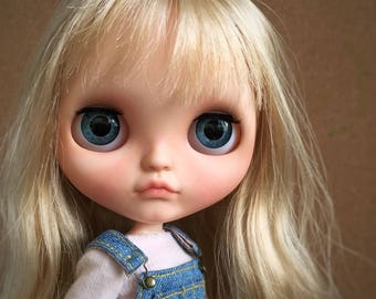 Custom Blythe . SOLD OUT !