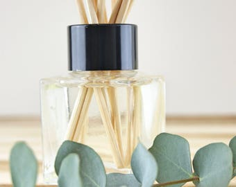 Love and Hugs x Fragrance Diffuser - Natural & Made in the UK
