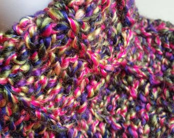 Colorful cowl