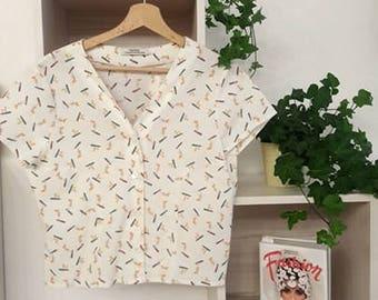 SALES 20% OFF shirt v-neck, short sleeve, with fantasy surf