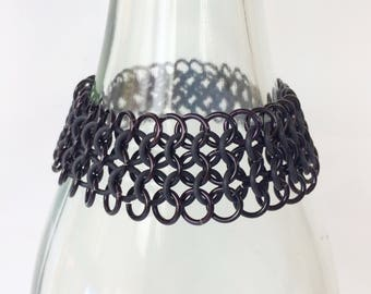 Chainmaille bracelet, black gothic bracelet, european 4-1 of black with rubber rings, stretch bracelet, black bracelet, Tessa's chainmail