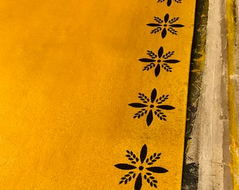 Primitive Colonial Starburst Floor Cloth 4'x6'  Yellow Ochre