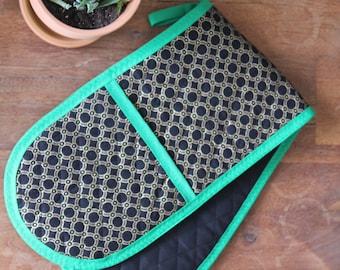 Black & Green Double Oven Mitt- Black, Green, Gold- Oven Glove- Kitchen Linen- Pot Holder- Durable